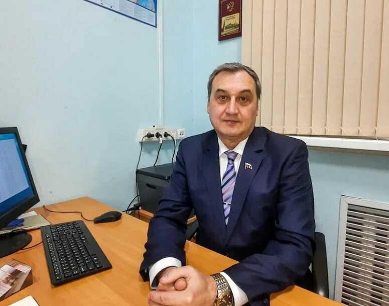 Миграционный юрист - Леонид Владимирович